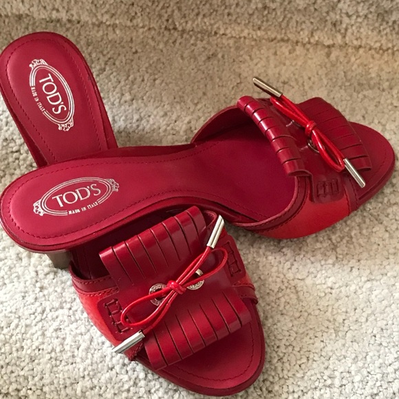 99318da6239 TOD S Red Patent Leather Sandal